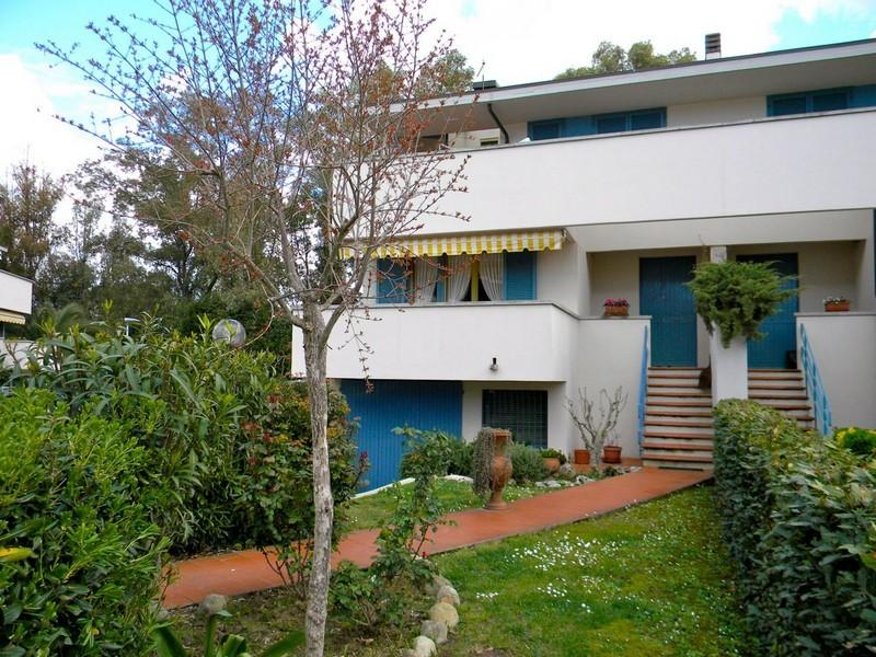 Villa singola in vendita, rif. DE12