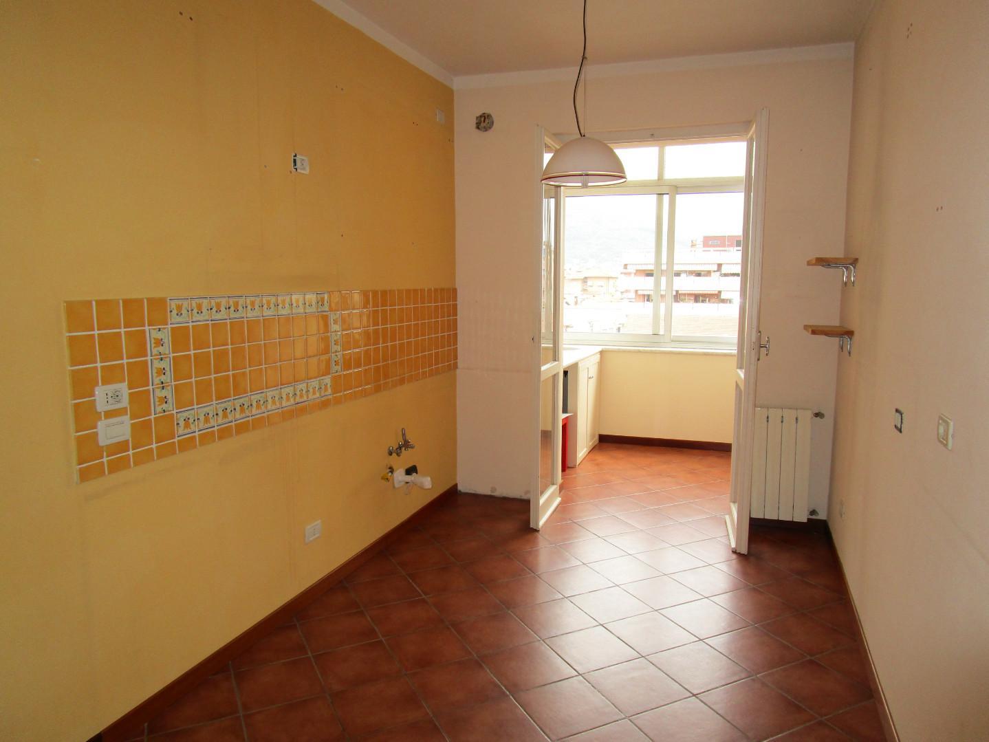 Appartamento in vendita, rif. A1043