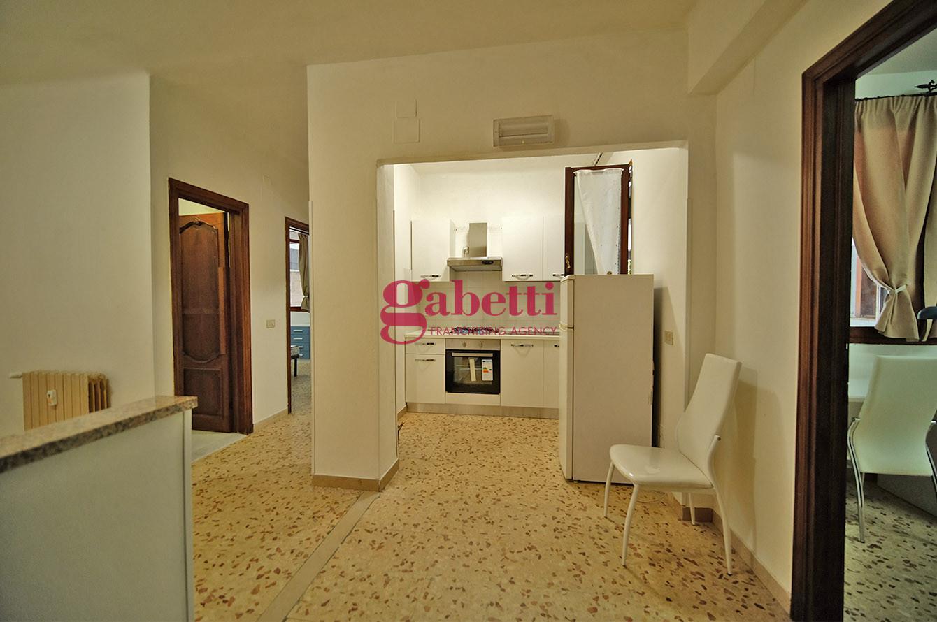 Appartamento in affitto, rif. L106