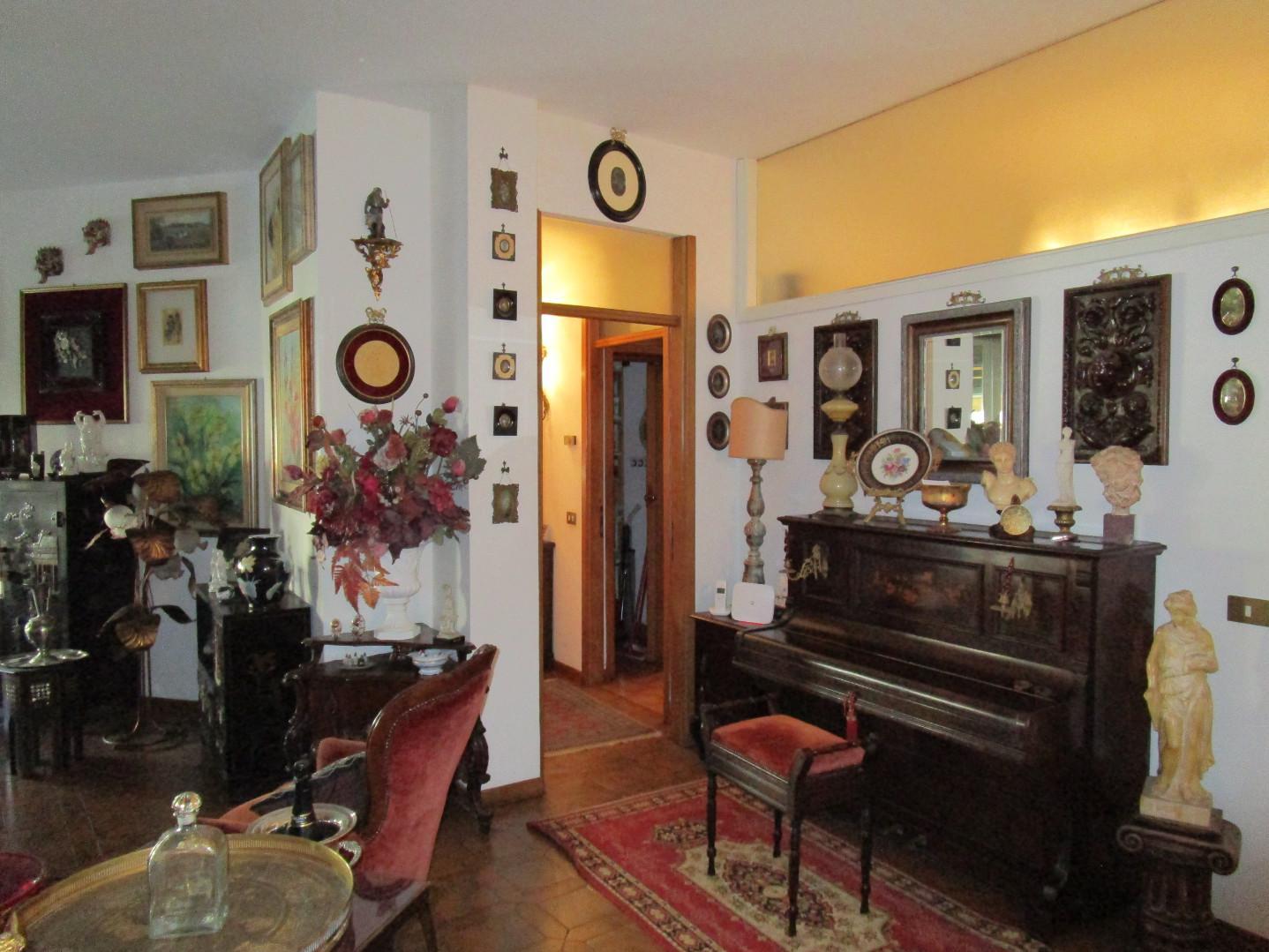 Appartamento in vendita, rif. A1045