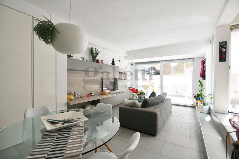 Casa semindipendente in vendita, rif. 208