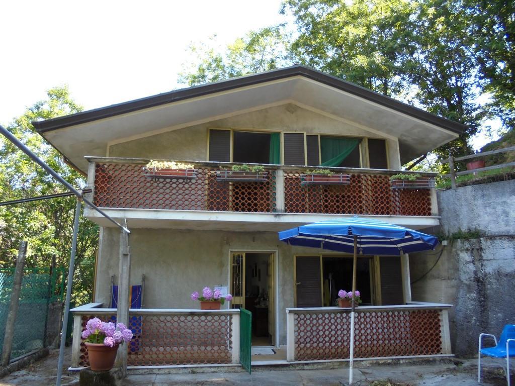 Casa singola in vendita a Massa