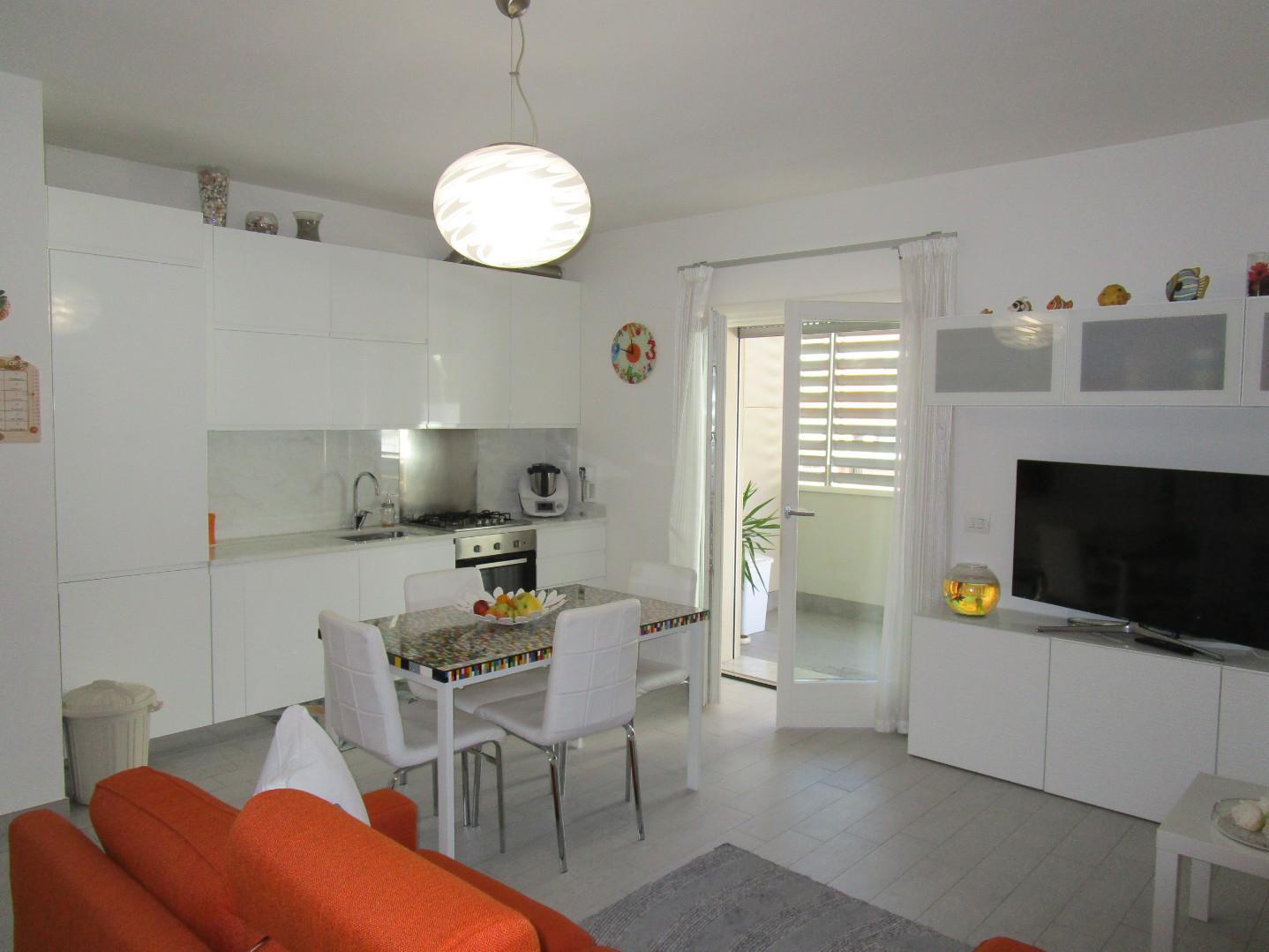 Appartamento in vendita, rif. A1110