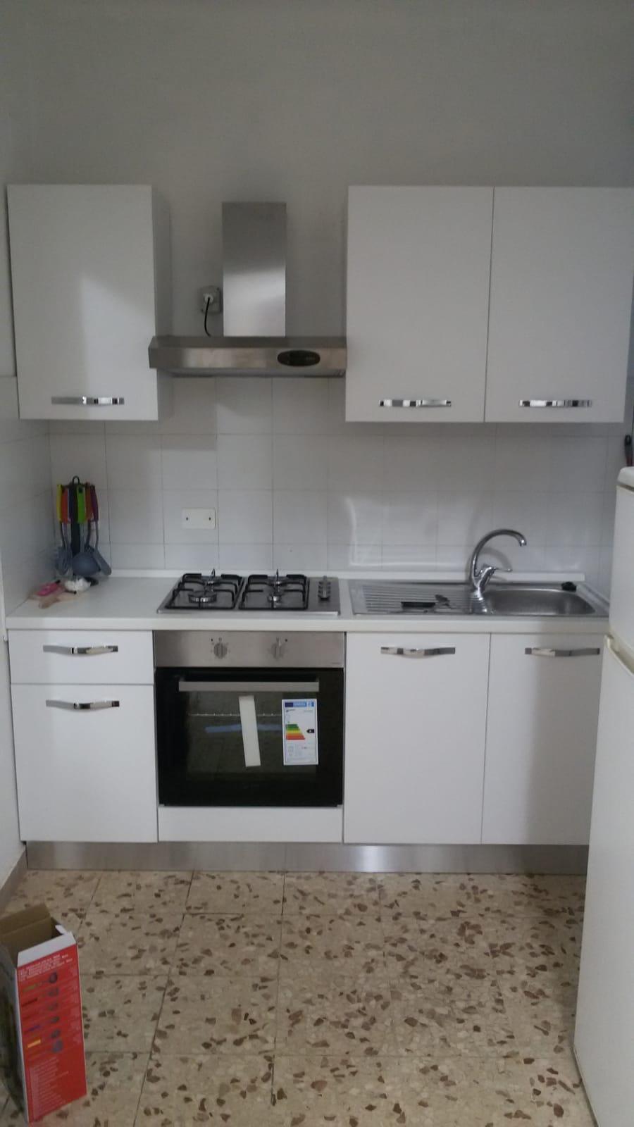 Appartamento in affitto, rif. a39/302