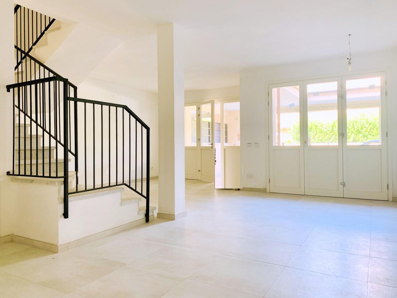 Парный дом в продажа для Pietrasanta (LU)