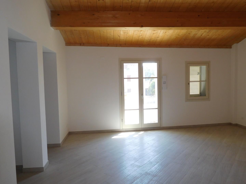 Appartamento in vendita, rif. 2081