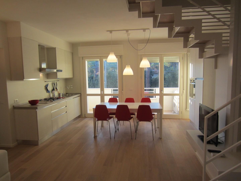 Appartamento in vendita, rif. Tirrenia via Tigli