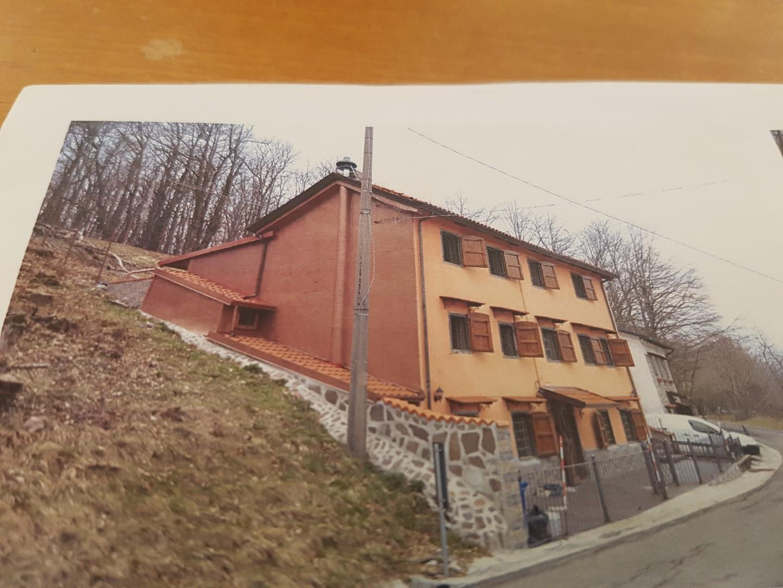 Casa singola in vendita a Monchio delle Corti (PR)