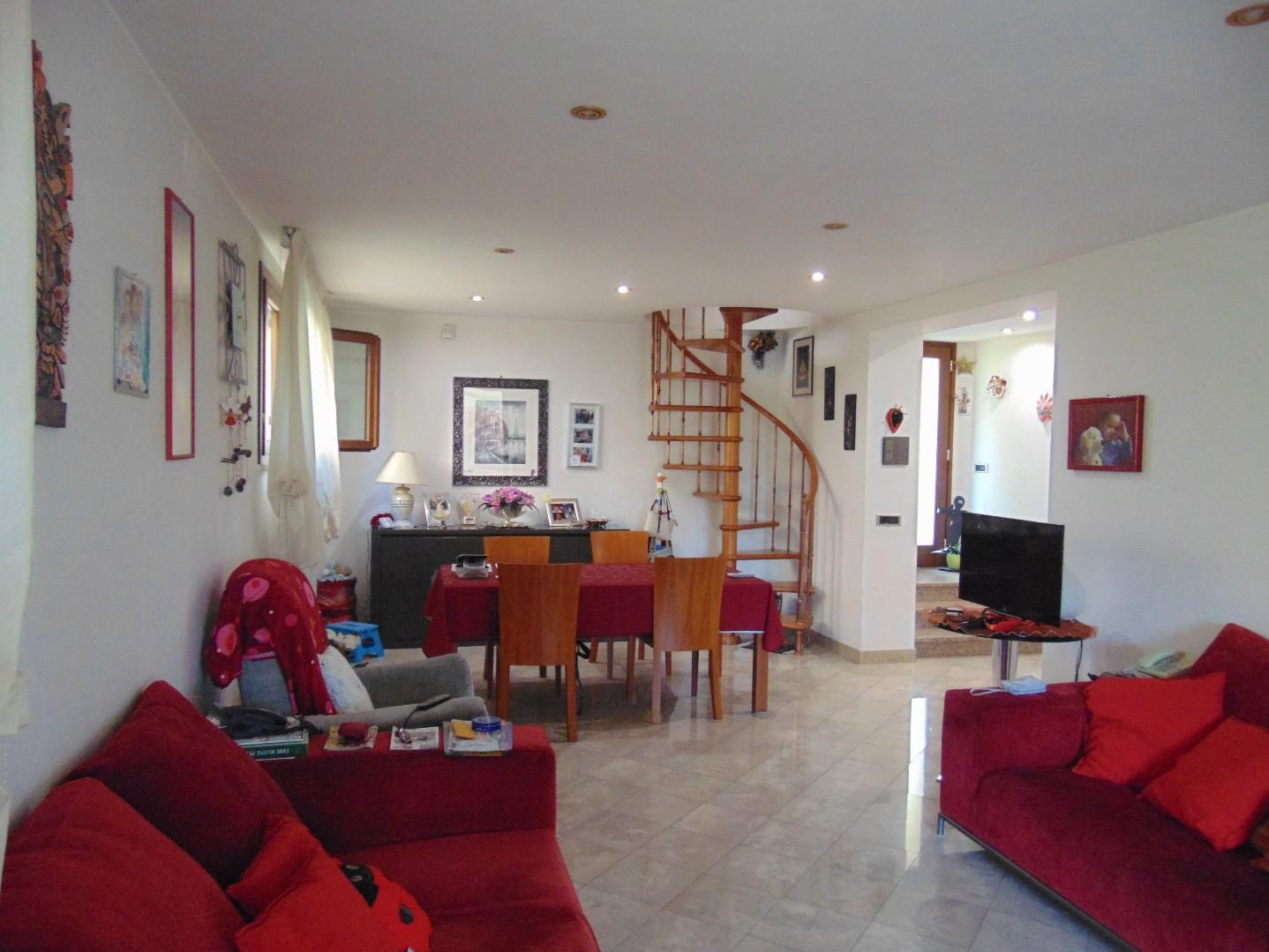 Villa singola in vendita, rif. LF5101