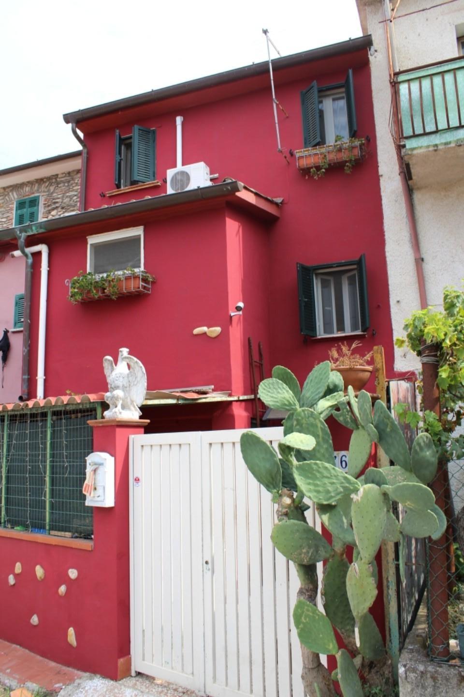Casa semindipendente in vendita, rif. S/234
