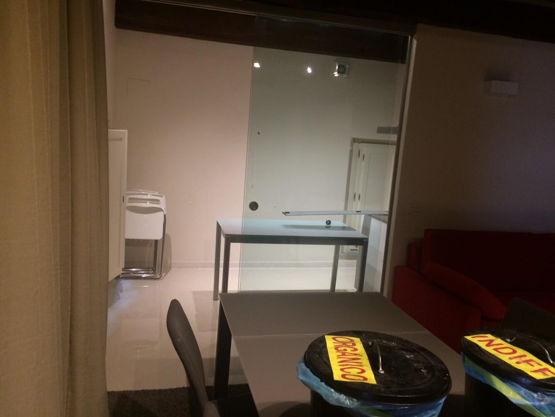 Appartamento in vendita, rif. 02207