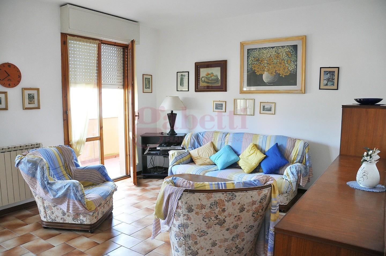 Appartamento in affitto, rif. L114