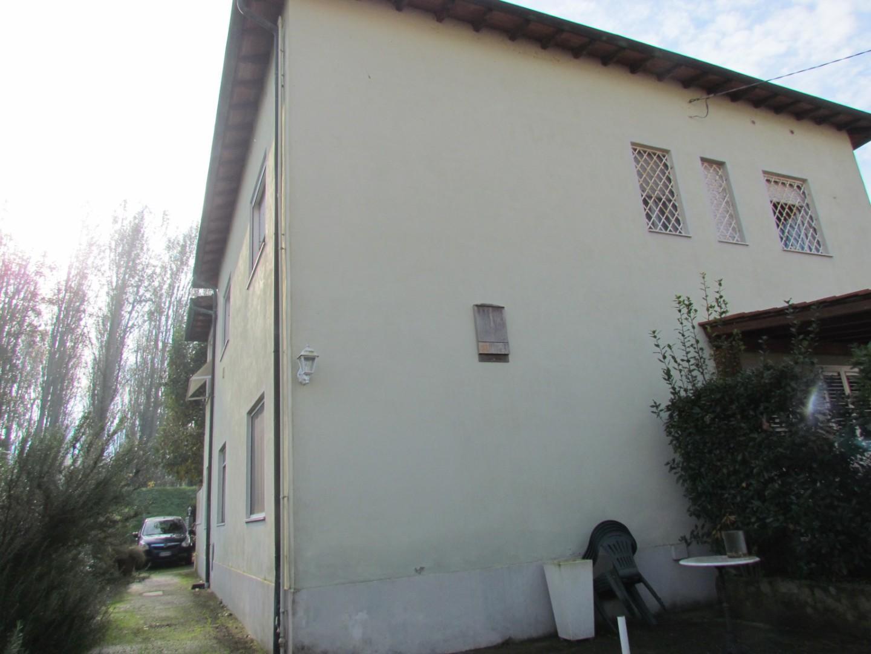 Appartamento in vendita, rif. 02213
