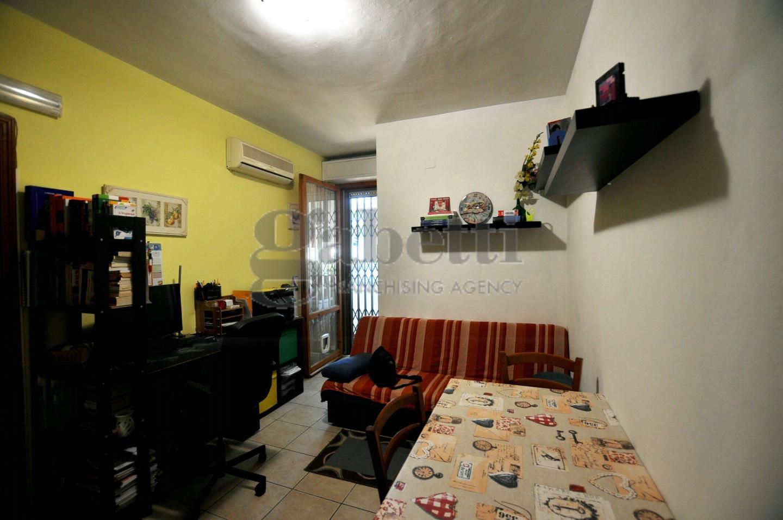 Appartamento in affitto, rif. L103