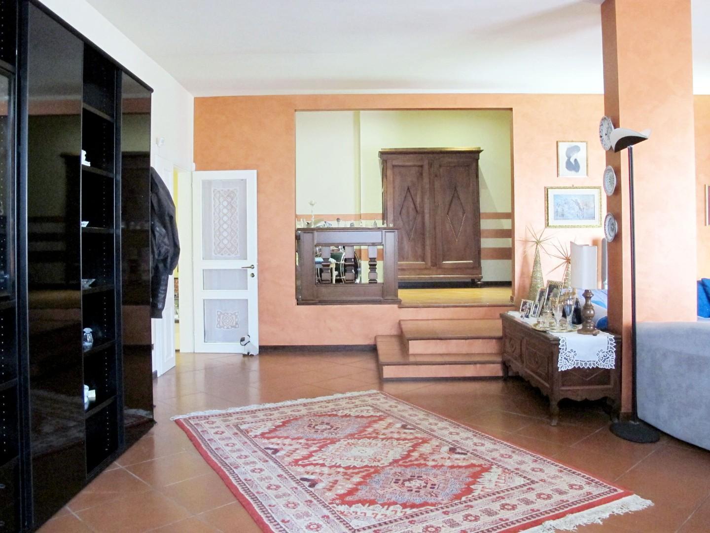 Appartamento in vendita, rif. 8645