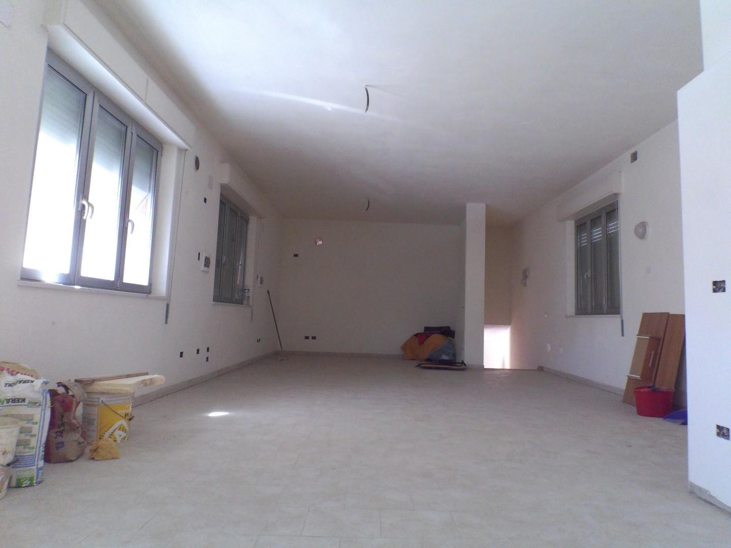 Ufficio in affitto commerciale, rif. A0030