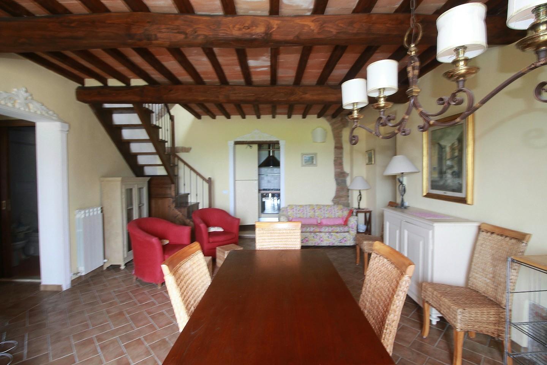 Appartamento in affitto a Monteroni d'Arbia, 6 locali, prezzo € 800 | CambioCasa.it