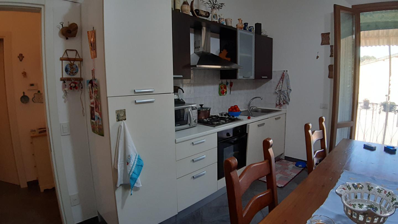 Appartamento a Capraia e Limite