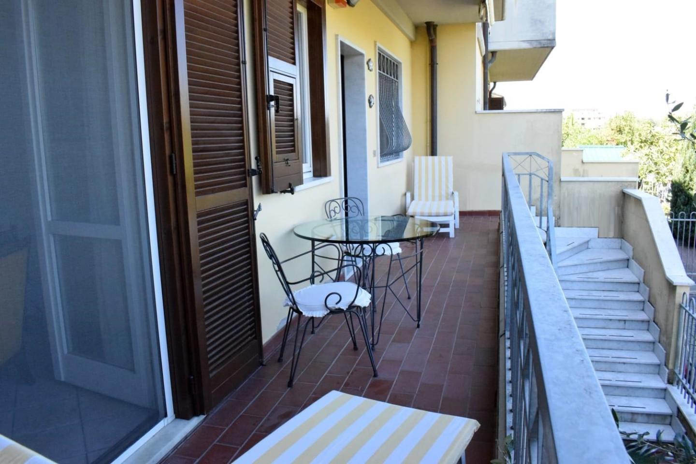 Casa semindipendente in vendita a Marina Di Carrara, Carrara (MS)