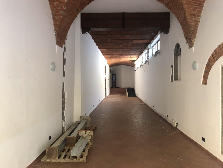 Locale comm.le/Fondo in vendita a Pistoia