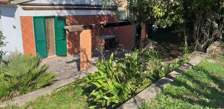 Casa semindipendente in vendita a Crespina Lorenzana (PI)