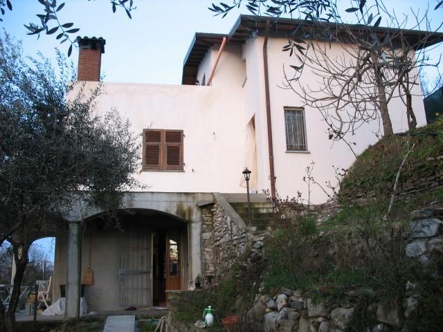 Casa singola in vendita a Podenzana (MS)