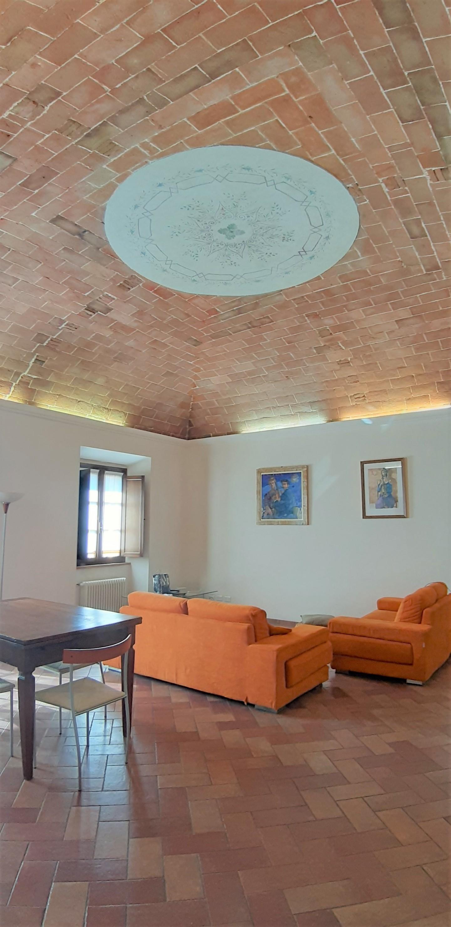 Attico / Mansarda in vendita a Colle di Val d'Elsa, 7 locali, prezzo € 275.000 | PortaleAgenzieImmobiliari.it