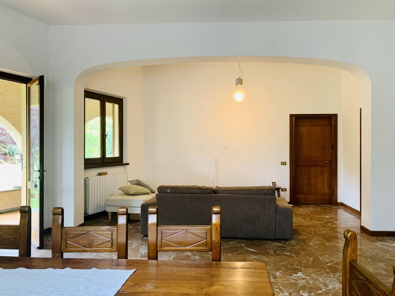 Casa singola in affitto annuale a Camaiore (LU)