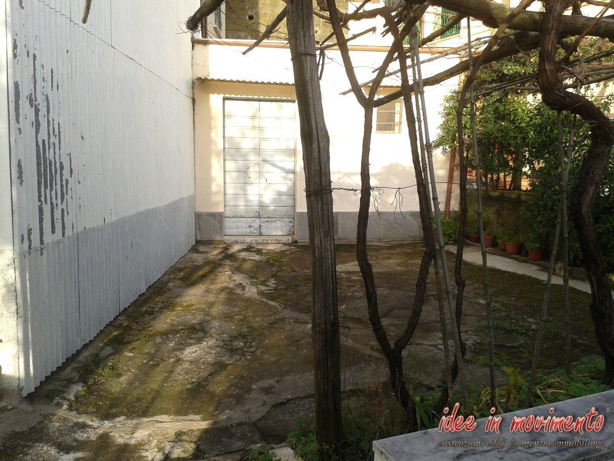 Foto 12/31 per rif. v1742