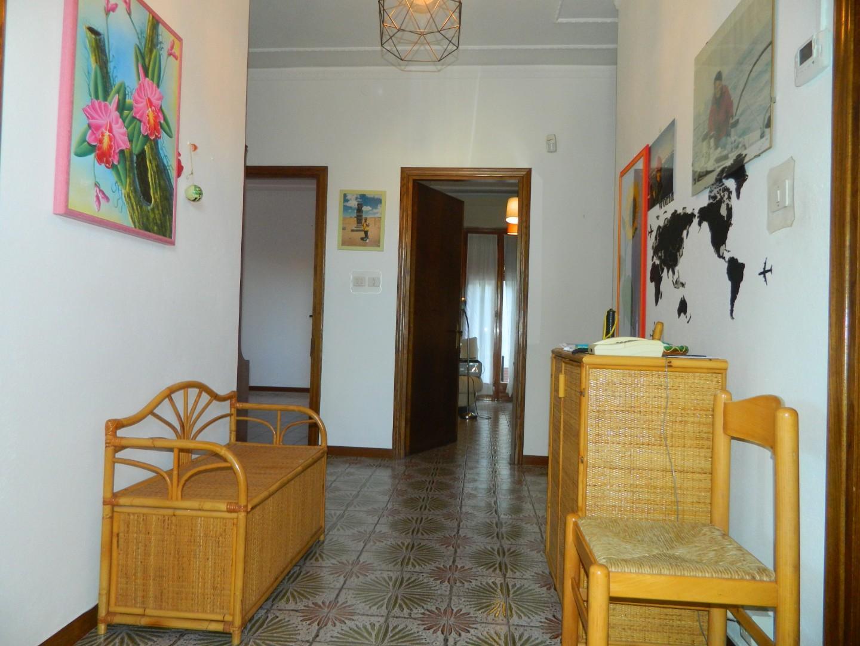 Porzione di casa in vendita a Ponzano Superiore, Santo Stefano di Magra (SP)