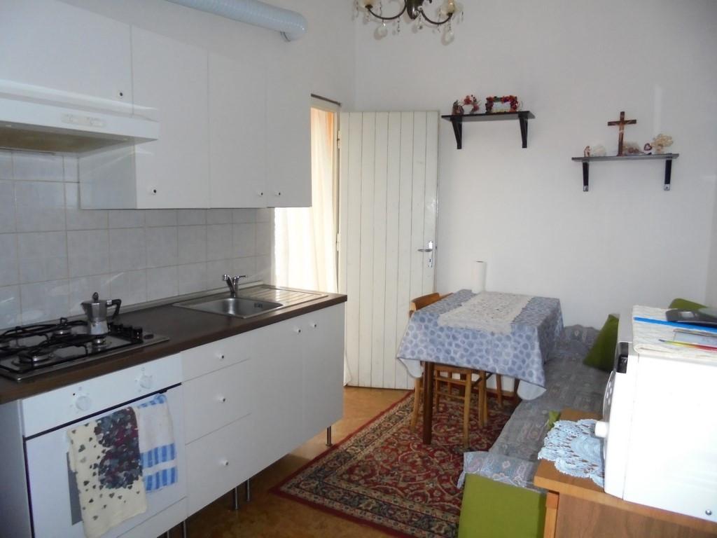 Casa semindipendente in vendita - Massa