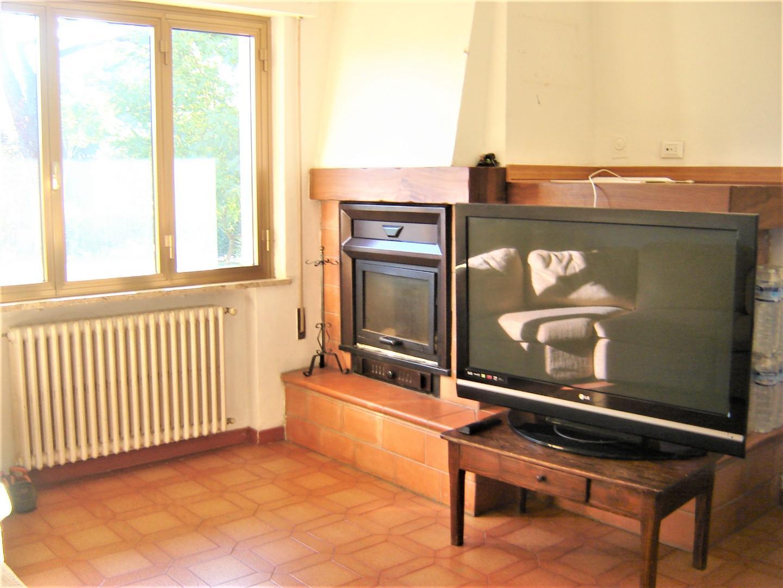 Appartamento in vendita a Montecarlo, 6 locali, prezzo € 160.000 | PortaleAgenzieImmobiliari.it