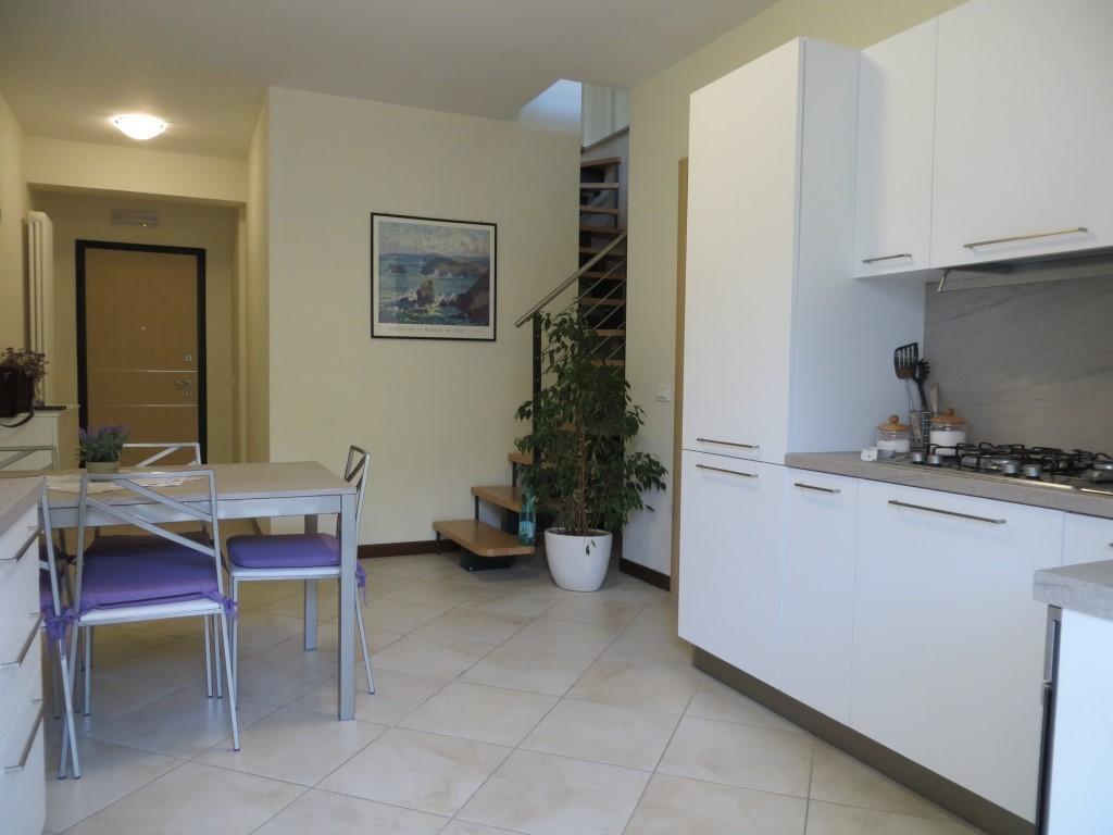 Appartamento in vendita, rif. 574