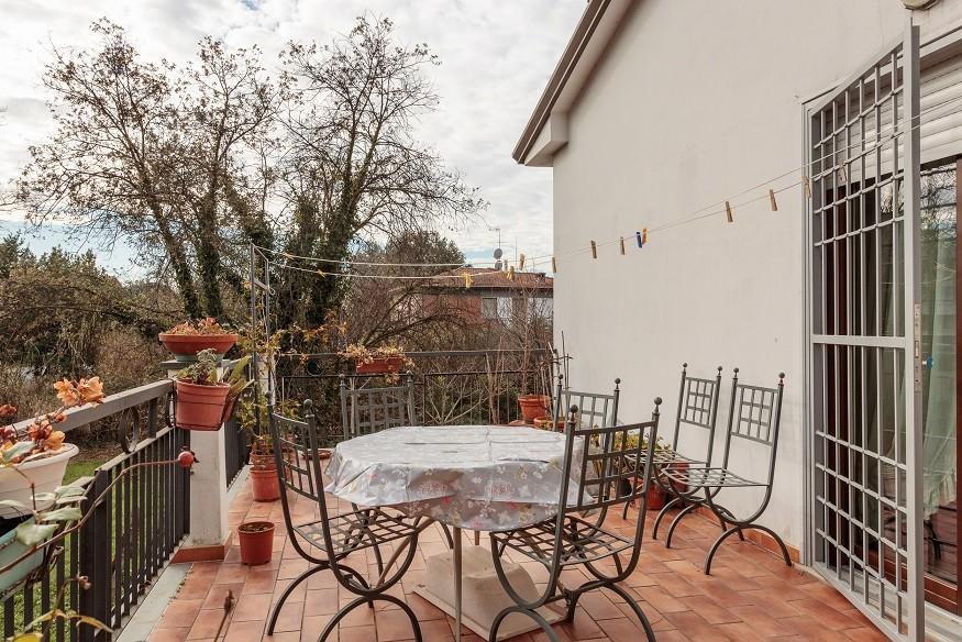 Porzione di casa in vendita a Marina Di Carrara, Carrara (MS)