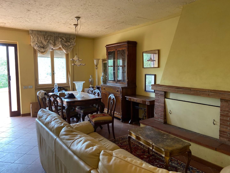 Appartamento in vendita, rif. 02239