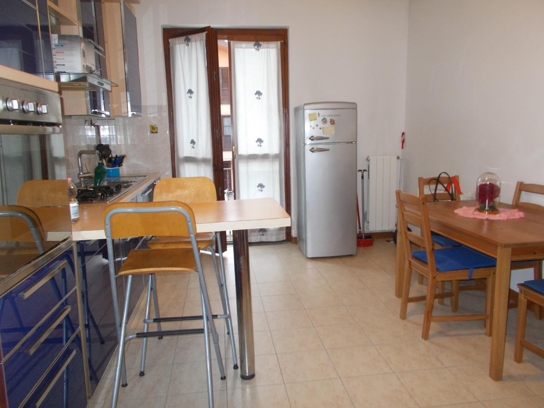 Appartamento in affitto a Ponsacco, 2 locali, prezzo € 450 | CambioCasa.it