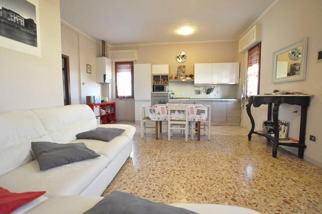 Casa semindipendente in vendita, rif. AC6657