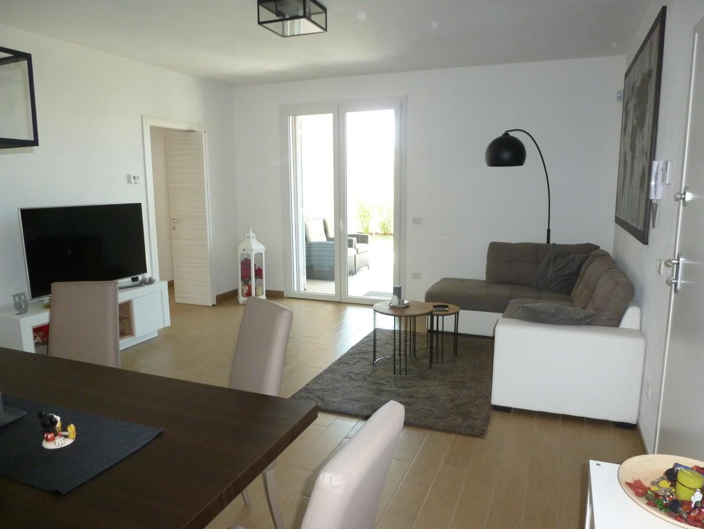 Appartamento in vendita, rif. 421