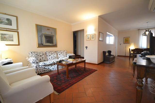 Apartment in Lucca