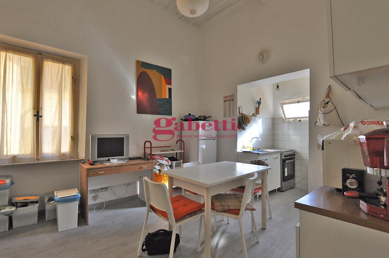 Stanza/Posto Letto in affitto, rif. L103
