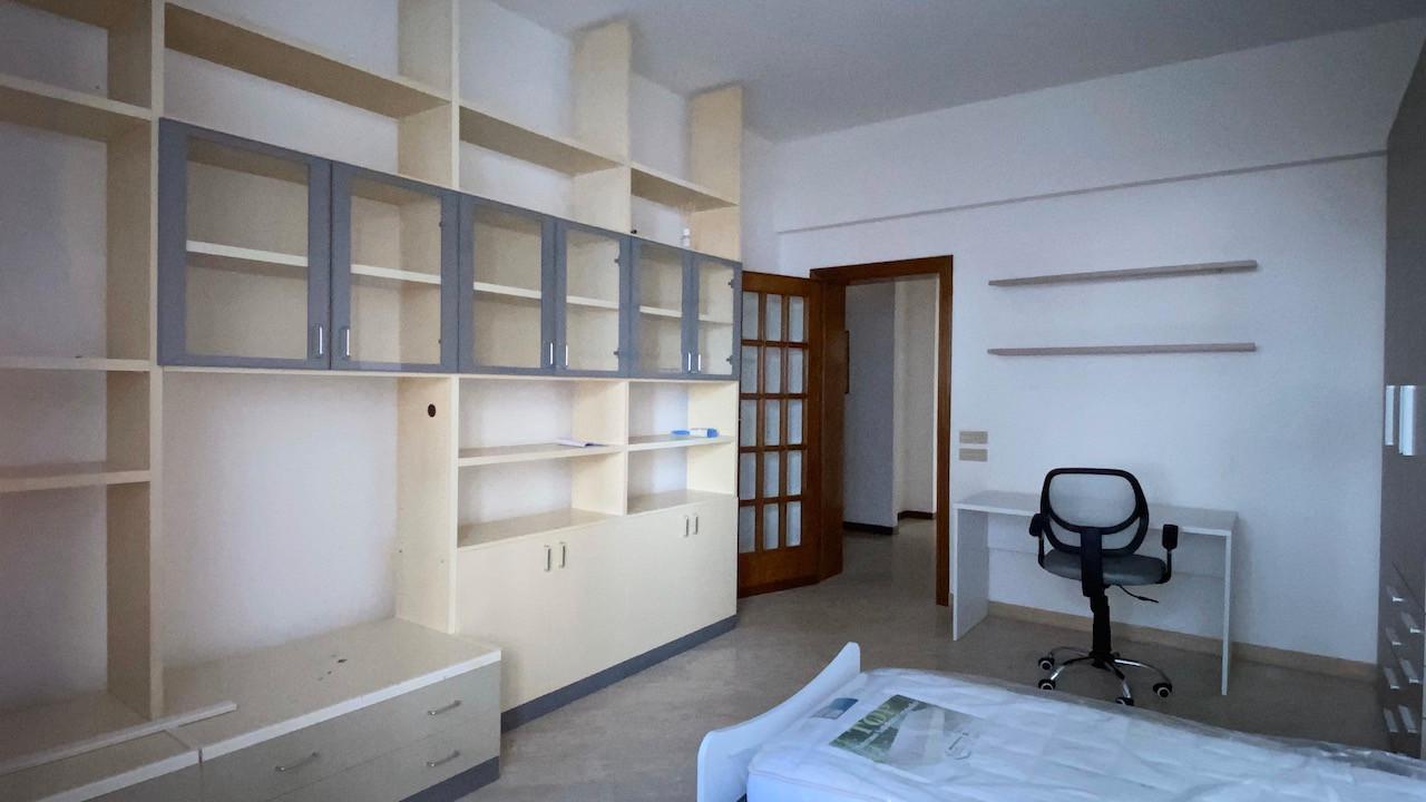 Appartamento in affitto, rif. X248a