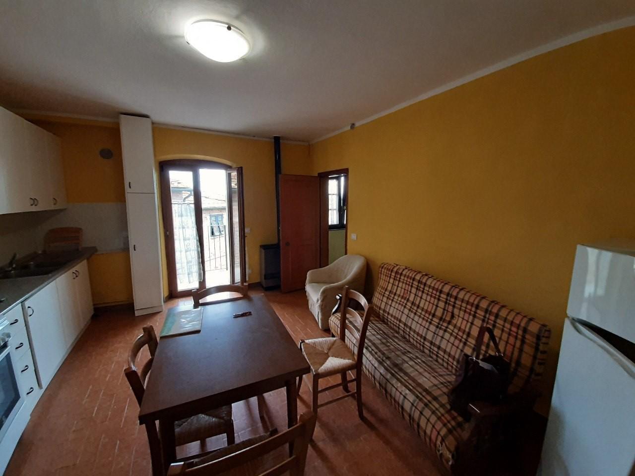 Appartamento in vendita a Peccioli, 3 locali, prezzo € 35.000 | CambioCasa.it