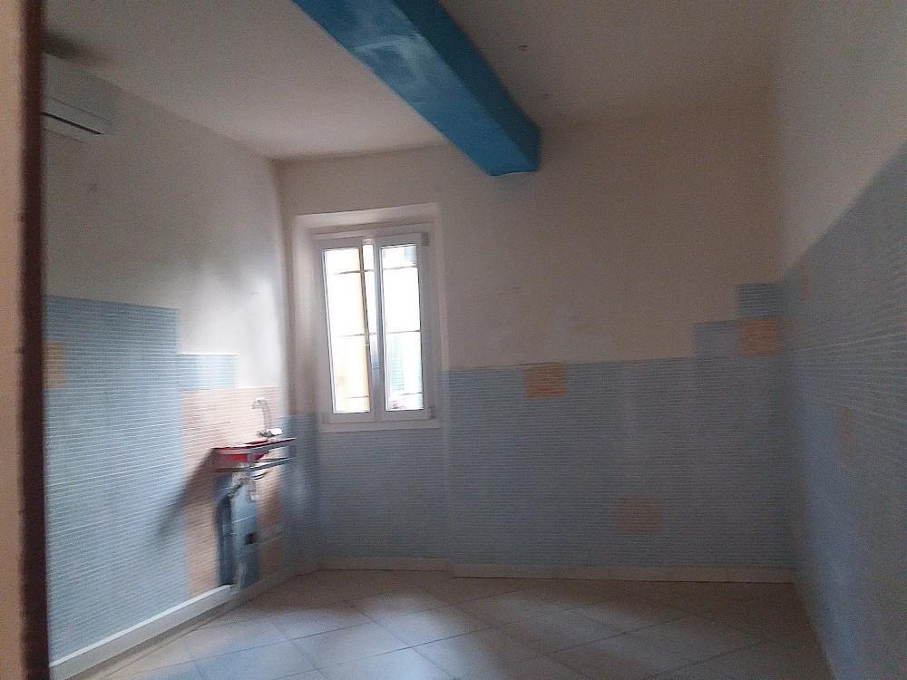Locale comm.le/Fondo in affitto commerciale, rif. A2866