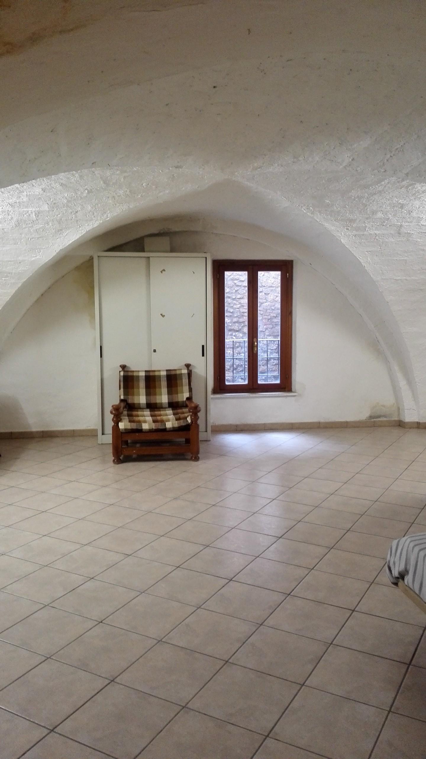 Ufficio / Studio in vendita a Volterra, 9 locali, prezzo € 149.000 | CambioCasa.it