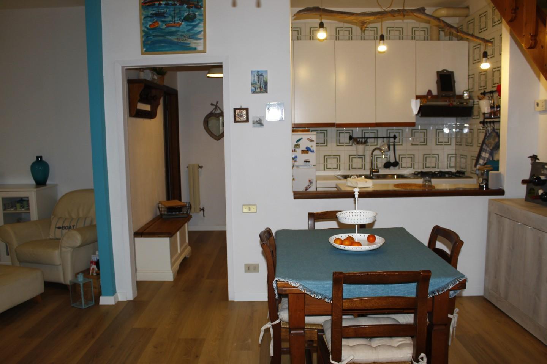Appartamento in vendita, rif. V1218