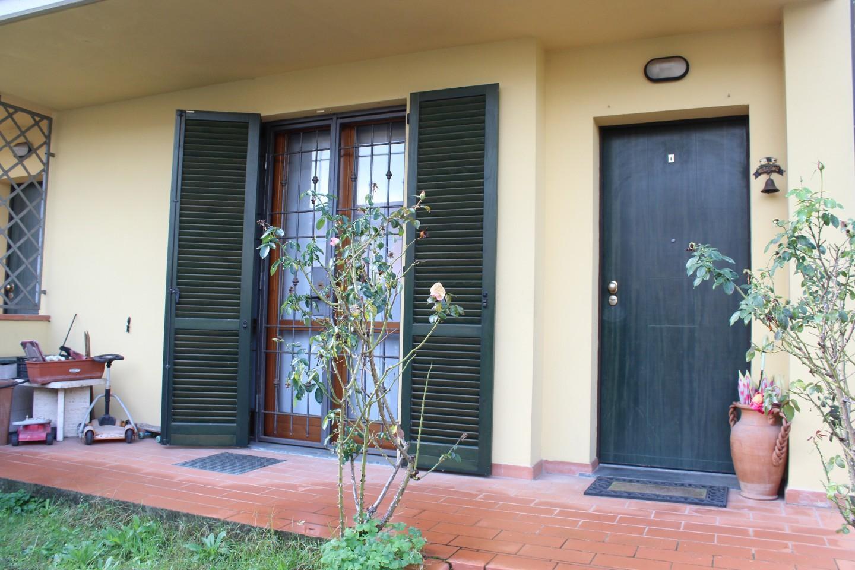 Villetta a schiera angolare in vendita a Altopascio (LU)