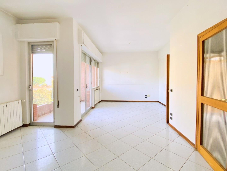 квартира в продажа для Camaiore (LU)