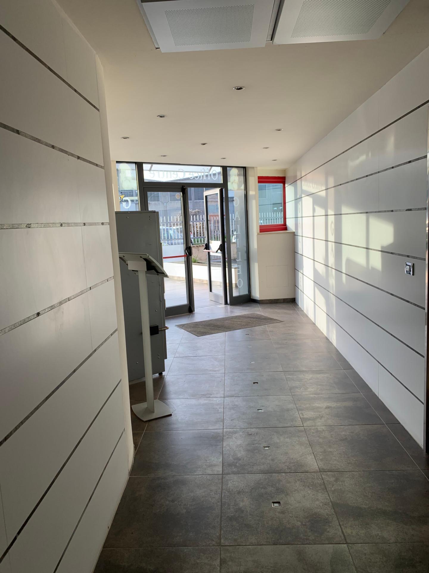Ufficio in affitto commerciale a Ospedaletto, Pisa