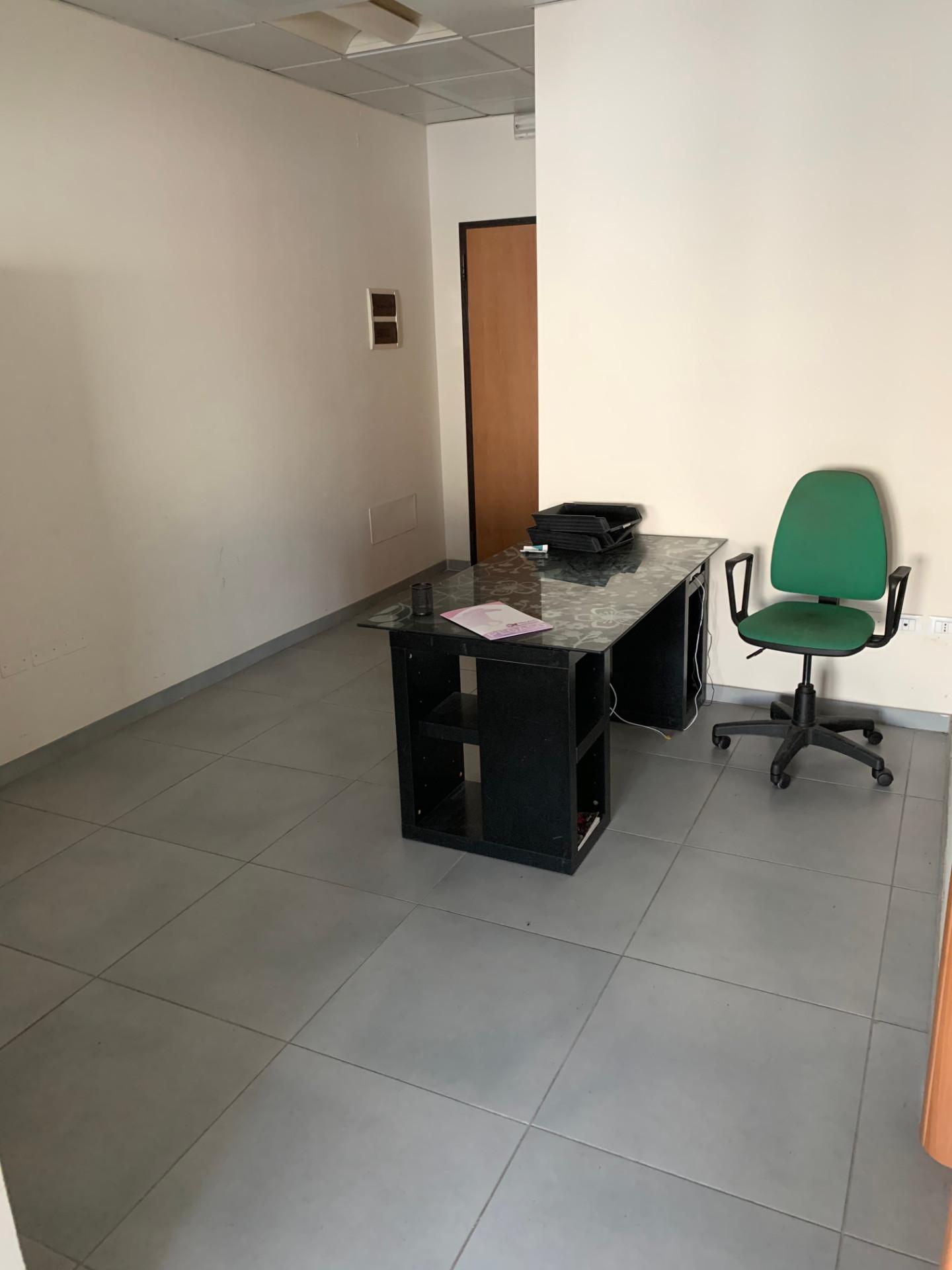 Ufficio in affitto commerciale, rif. 181