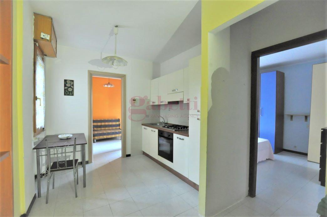 Appartamento in vendita, rif. 122.